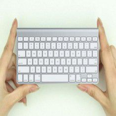 Bàn phím Bluetooth Apple mini