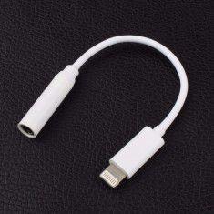 Dây chuyển từ lightning sang cổng tai nghe 3.5 cho Iphone 7/7+