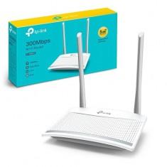 Router Wifi TP-Link Chuẩn N Tốc Độ 300Mbps WR820N
